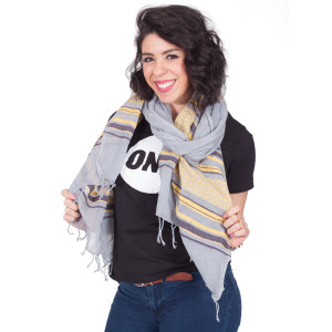 ONE fashionable Scarf - Feleku