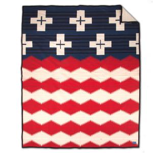 Pendleton Brave Star Blanket w/ Leather Carrier