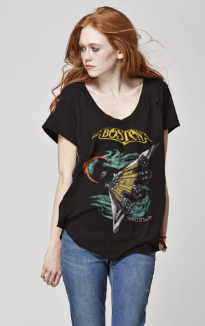 Boston Womens Destroyed S/S Hi-Lo V-Neck