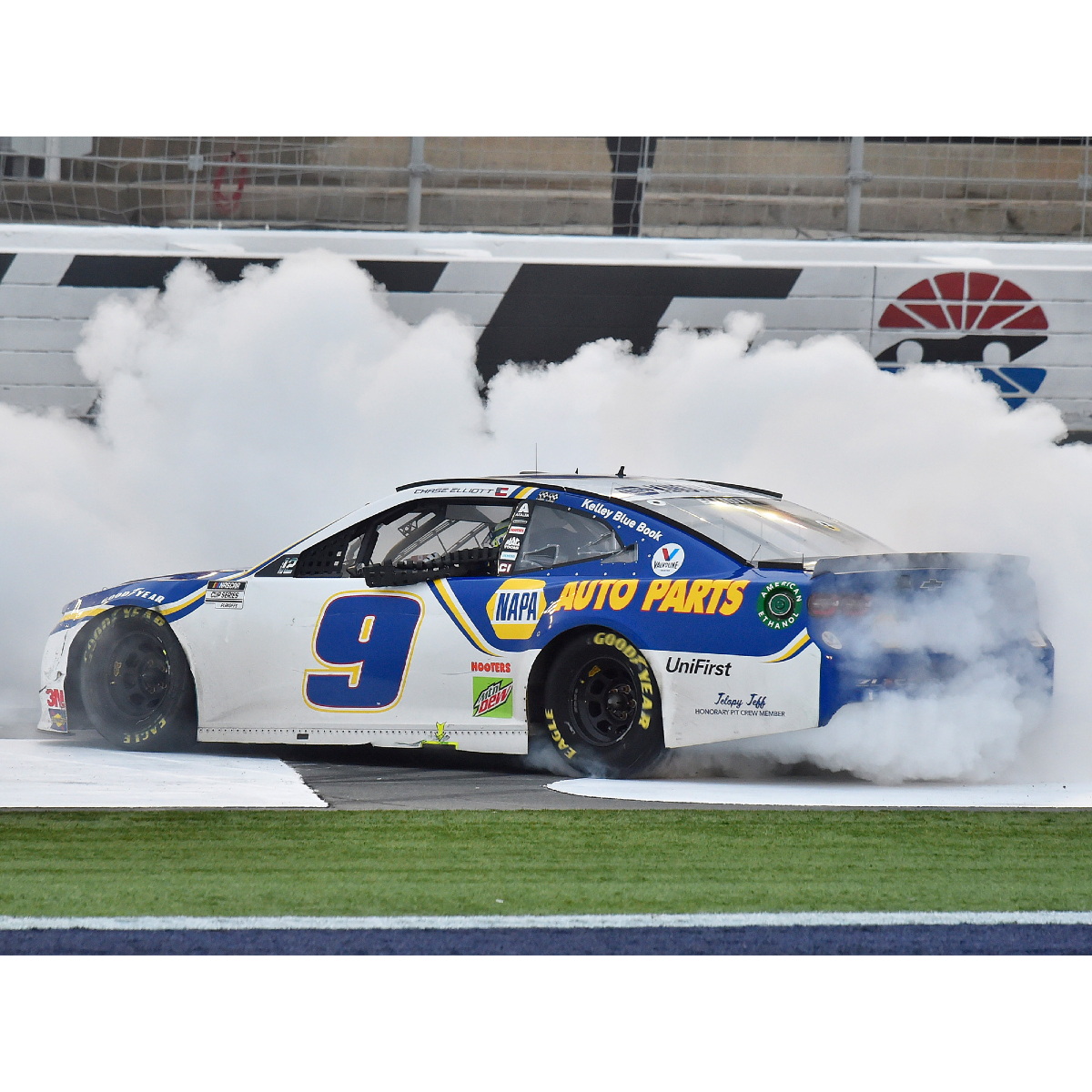 Chase Elliott 2020 Bank of America Roval 400 RACE WIN 1:24 HO Die-Cast