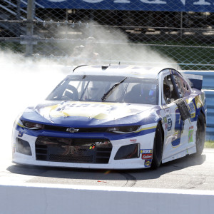 Chase Elliott GoBowling at the Glen Win 1:24 ELITE Die-Cast