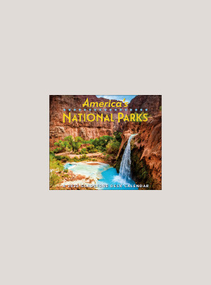 """2022 America's National Parks 5.25"""" x 4.25"""" PAGE PER DAY CALENDAR"""