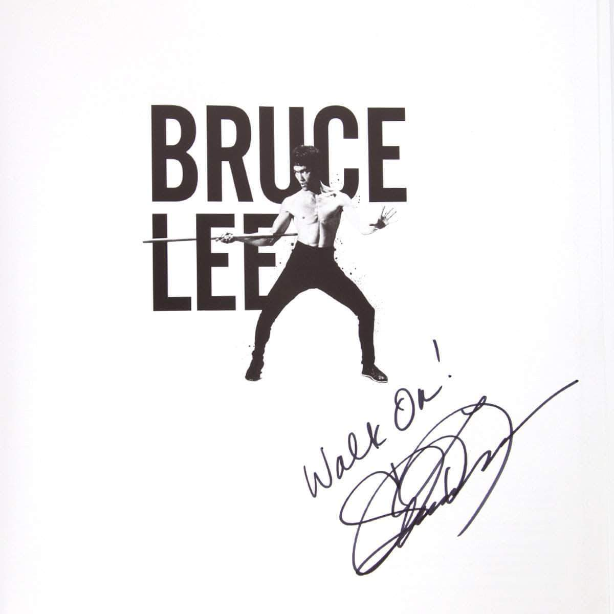 Bruce Lee - The Authorized Visual History SIGNED BY SHANNON LEE