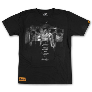 EXCLUSIVE Bruce Lee Iconic Scene Tee