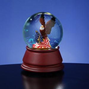 American Eagle Water Globe