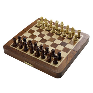 "Magnetic Chess Set 7""x3.5"""
