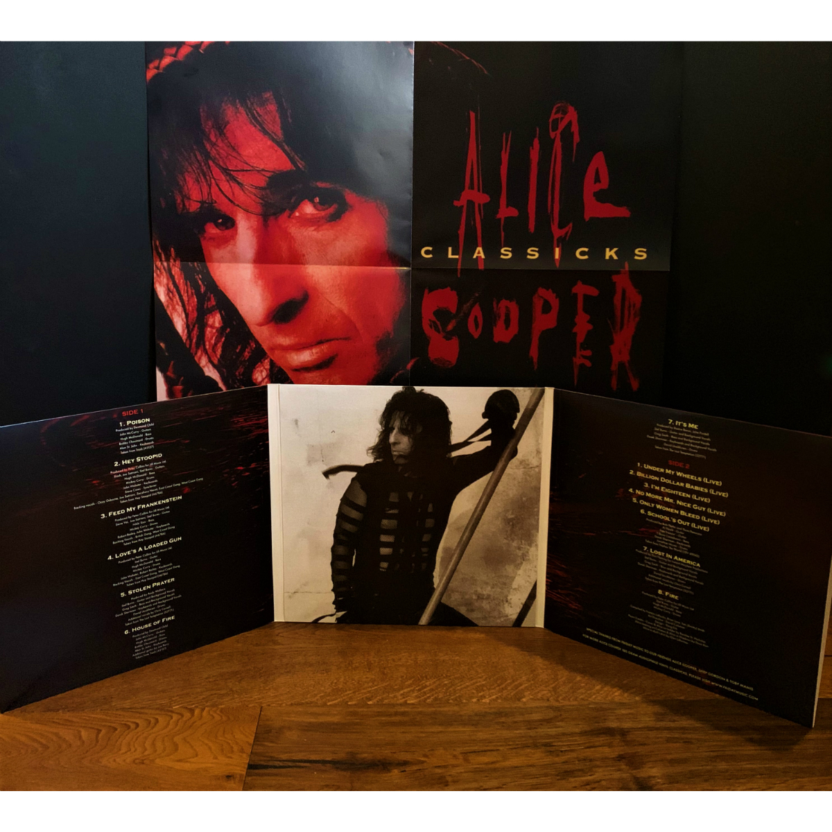 Alice Cooper Classicks - The Best Of Alice Cooper (180 Gram Translucent Red & Black Swirl Audiophile Vinyl/Tri-Fold Cover/Poster)