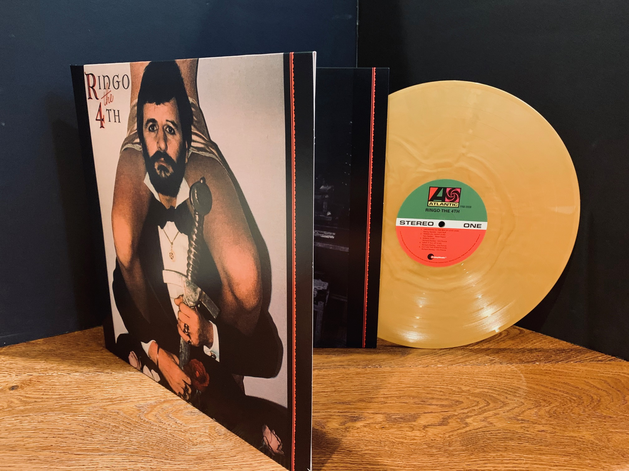 Ringo Starr - Ringo The 4th (180 Gram Gold Vinyl / Limited Anniversary Edition / Gatefold Cover)