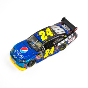 Autographed 2009 Jeff Gordon Pepsi ELITE 1:24 Scale Die Cast