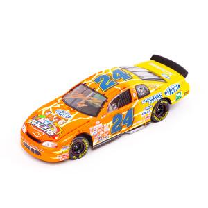 Autographed 1999 Jeff Gordon DuPont / NASCAR Racers 1:24 Scale Die Cast