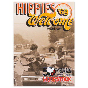 """Woodstock """"Hippies Welcome"""" Post Card"""