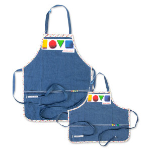 LOVE Aprons Set