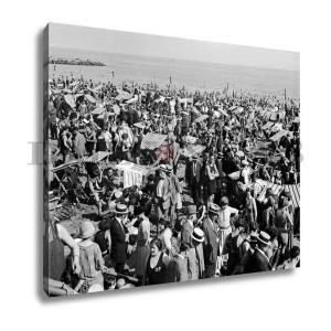 Coney Island Crowds