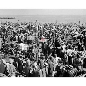 Coney Island Crowds