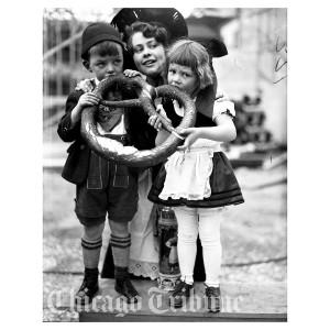 Century of Progress - German Village Children (1933)