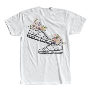 "WHITE NIKES T-SHIRT + ""NIKES"" DIGITAL DOWNLOAD"