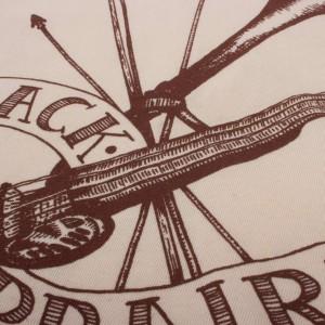 Black Prairie 'Stroh Violin' Womens T-Shirt - Creme
