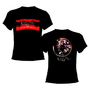 Kiss Me Eye Black Women's T-shirt