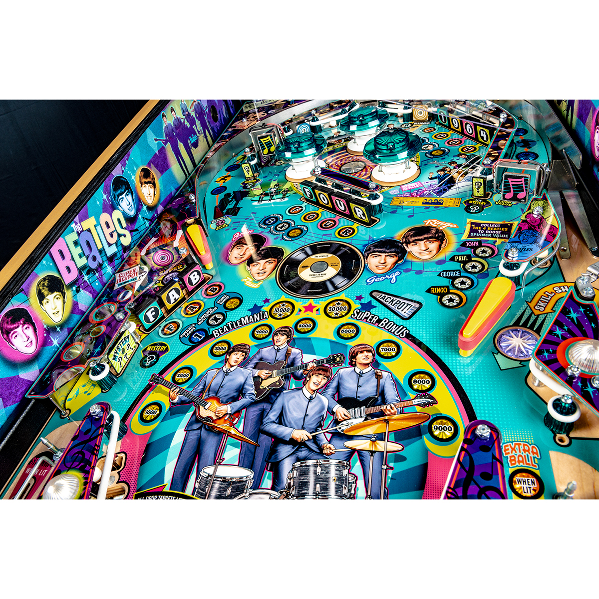 The Beatles 1964 Pinball Machine - Gold Edition