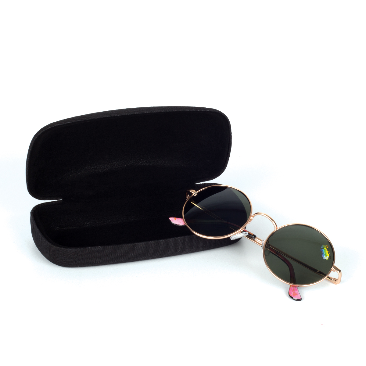 Fish Round Sunglasses with Case