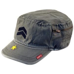 Enrique Iglesias / A Kurtz Hat