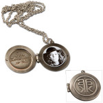 Alicia Keys Metal Locket